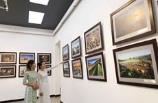 Exposition de photos pour mettre en lumière les pays et les habitants de l'ASEAN