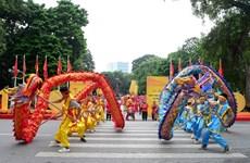 Festival de la danse du dragon à l'occasion du 1010e anniversaire de Thang Long-Hanoi