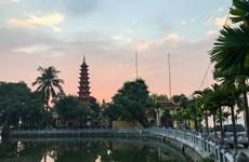 La beauté antique de la plus ancienne pagode de Hanoï