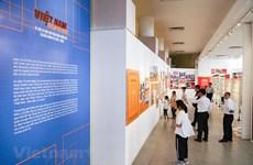 Exposition spéciale sur l'œuvre d'édification et de défense nationale du Vietnam