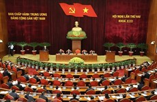 Première journée de travail du 2e Plénum du Comité central du Parti