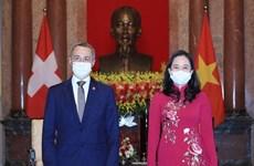 La vice-présidente Vo Thi Anh Xuan reçoit son homologue suisse Ignazio Cassis