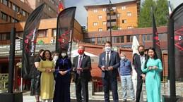 Le 2e Festival du Vietnam en France impressionne les visiteurs