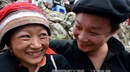 Dans le Nord, le marché de l'amour de Khâu Vai en fête