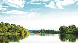 Le charme du lac Ly à Phu Tho