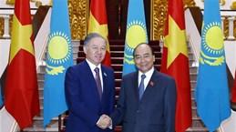 Le PM reçoit le président de la Chambre basse du Parlement du Kazakhstan