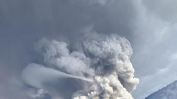 Philippines : le volcan Taal menace, entraînant évacuations et annulations de vols