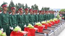 Gia Lai : Inhumation des restes de soldats vietnamiens tombés au Cambodge