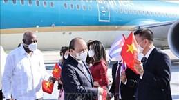 Le président Nguyen Xuan Phuc est arrivé à La Havane pour une visite officielle à Cuba