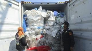 Indonésie: 100 conteneurs de déchets plastiques renvoyés vers l'Australie
