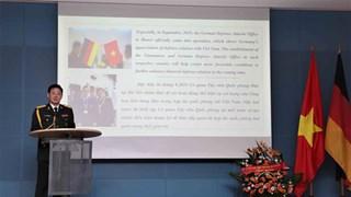 Le 75e anniversaire de la fondation de l'Armée populaire du Vietnam célébré en Malaisie et en Allema