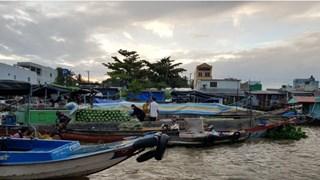 Le marché flottant de Cai Rang, la principale attraction de Cân Tho