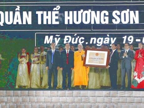 Le complexe de pagodes de Huong Son reconnu Vestige national spécial