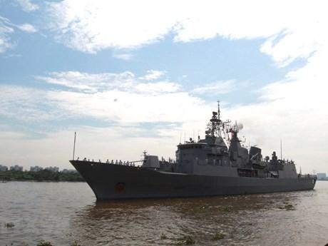 Une délégation de la Marine royale de la Nouvelle-Zélande en visite d'amitié au Vietnam