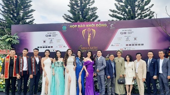 Le concours de beauté Miss Earth Vietnam 2021 commencera en mai prochain