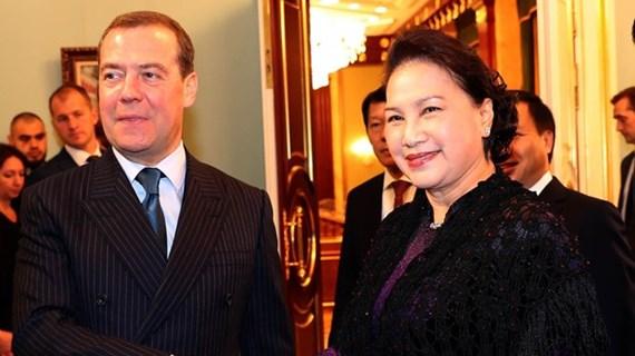 Entrevue entre la présidente de l'AN vietnamienne et le Premier ministre russe