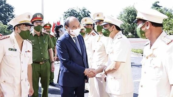 Amnistie: le président Nguyen Xuan Phuc se rend à Bac Giang