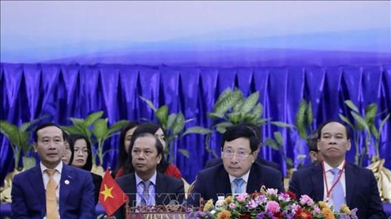 COVID-19 : Les ministres des Affaires étrangères de l'ASEAN discutent des mesures anti-épidémiques