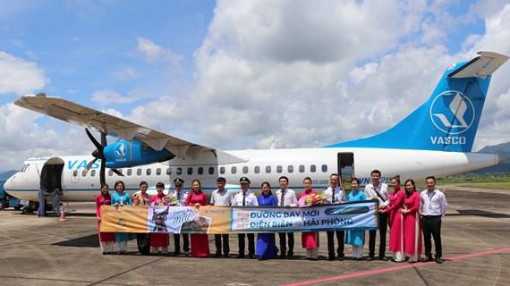 Ouverture de la nouvelle ligne aérienne Dien Bien - Hai Phong