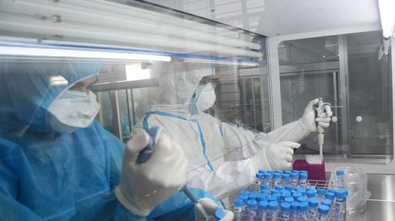 Le Vietnam confirme trois cas importés de COVID-19 supplémentaires