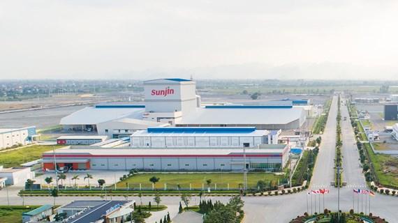 Ha Nam : plus de 500 millions d'USD versé dans les industries de fabrication et auxiliaires