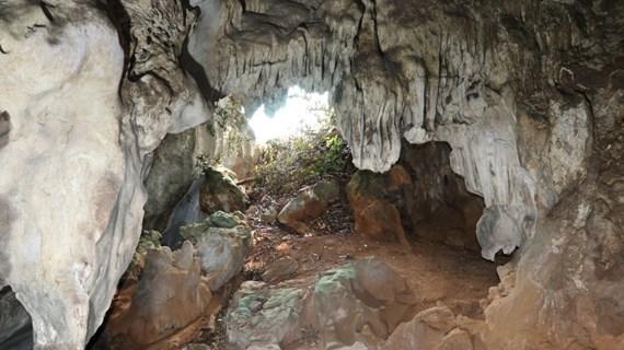 La beauté immaculée de la grotte Hat Chuông à Diên Biên