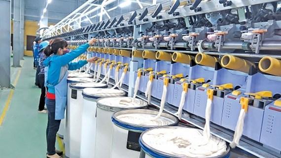 Thai Binh promeut le développement des industries auxiliaires