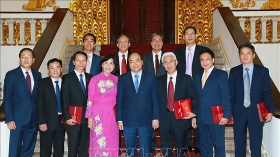 Le PM demande les efforts des ambassadeurs vietnamiens pour contribuer à l'édification nationale