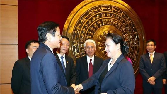 La présidente de l'AN Nguyen Thi Kim Ngan rencontre des ambassadeurs vietnamiens à Hanoï