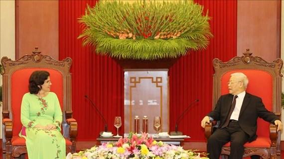 Le secrétaire général du PCV reçoit l'ambassadrice cubainne sortante
