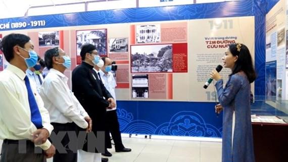 Le Président Hô Chi Minh en images emblématiques à Thua Thiên-Huê