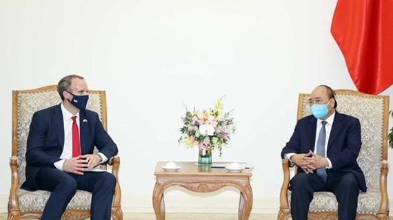 Le PM Nguyên Xuân Phuc reçoit le chef de la diplomatie britannique