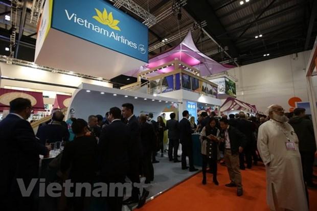 WTM 2018 : des produits touristiques vietnamiens attirent les visiteurs hinh anh 1