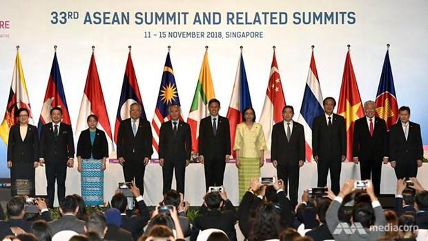 Les ministres de l'Economie de l'ASEAN signent un premier accord sur l'e-commerce hinh anh 1