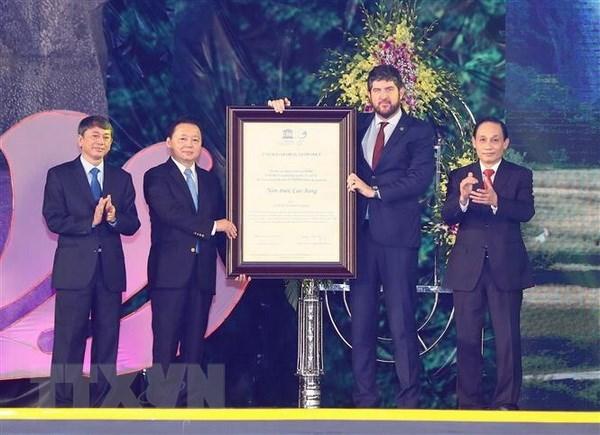 Le geoparc de Non Nuoc Cao Bang recoit le certificat de l'UNESCO hinh anh 1