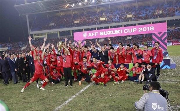 Football : le Vietnam conserve sa place dans le top 100 mondial hinh anh 1