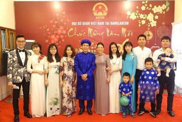 Rencontre des Vietnamiens au Bangladesh a l'occasion du Nouvel an lunaire hinh anh 1