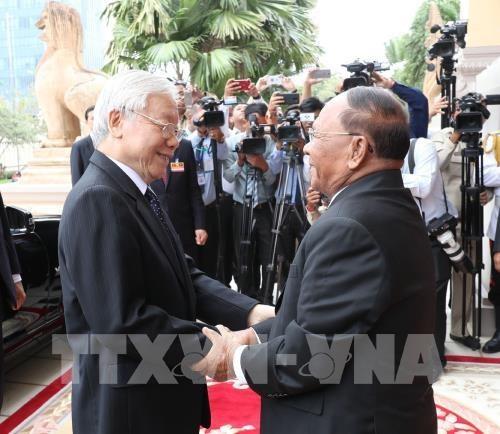 Les activites du secretaire general du PCV et president Nguyen Phu Trong au Cambodge hinh anh 2