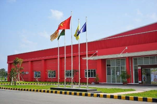 Mise en service d'une usine de boissons Number One a Hau Giang hinh anh 1