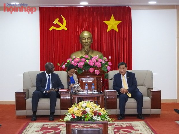 La Banque mondiale coopere avec Binh Duong dans divers domaines hinh anh 1
