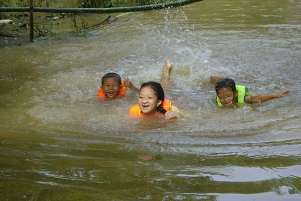 Aide internationale pour prevenir la noyade chez les enfants a Dong Thap hinh anh 1