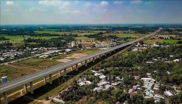 Le pont Vam Cong sur le fleuve Hau sera inaugure en fin mai hinh anh 1