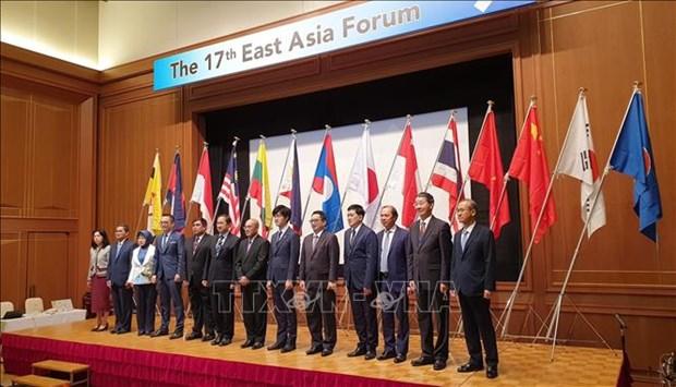 Le Vietnam met l'accent sur le developpement durable en Asie de l'Est hinh anh 1