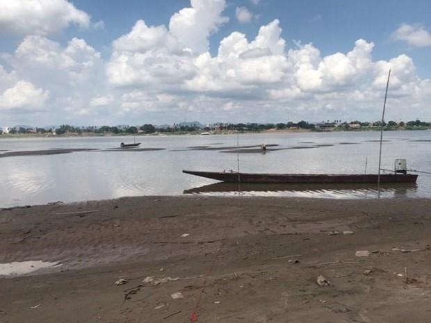 Le Mekong a Nakhon Phanom (Thailande) au plus bas niveau depuis un siecle hinh anh 1