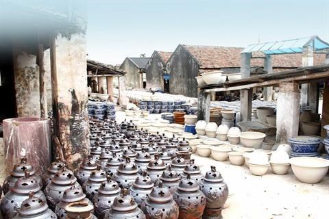 Bat Trang, la poterie ancestrale se modernise hinh anh 1