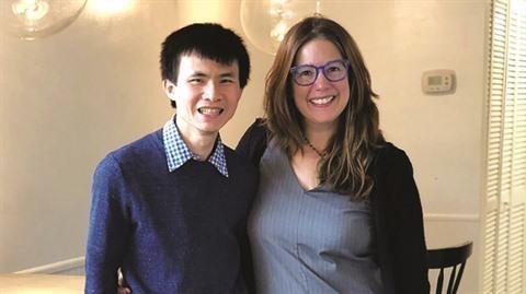 Un Professeur consacre sa vie a la lutte contre le cancer hinh anh 1