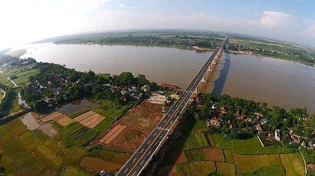 Le fleuve Rouge parmi les huit plus merveilleuses croisieres fluviales dans le monde hinh anh 1