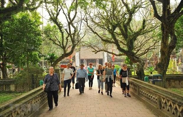 Pour attirer davantage des touristes etrangers au Vietnam hinh anh 1