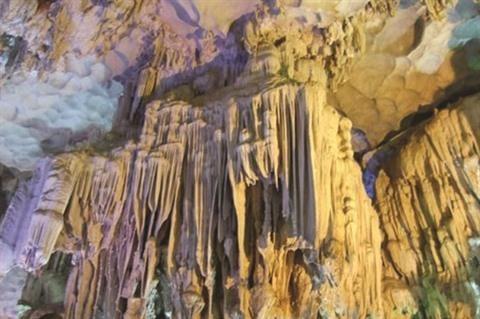 Grotte de Nha Tro, un theatre en haute mer hinh anh 2