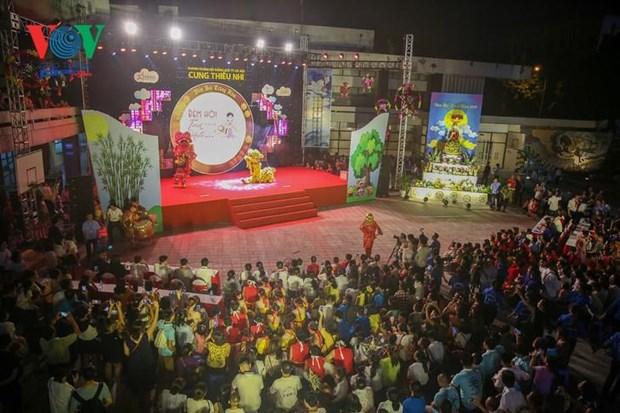 La fete de la mi-automne celebree au Vietnam et a l'etranger hinh anh 1